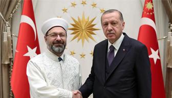 Erdoğan karar verdi... Ali Erbaş ödülünü aldı