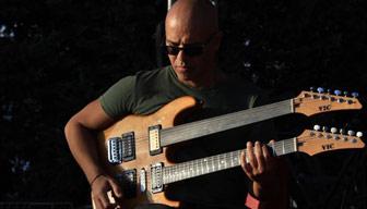 Dünyanın tanıdığı caz gitaristi Timuçin Şahin, Odatv'ye anlattı: Şaşırtıcı bir hızla kültür şehri olabilir