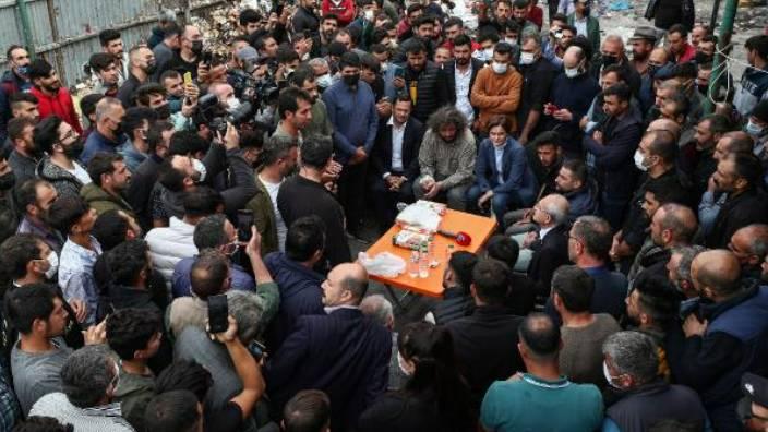 Kılıçdaroğlu kağıt toplayıcılarla bir araya geldi