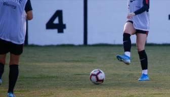 Akit diyor ki: Kadın futboluna karşıyız, taciz oluyor