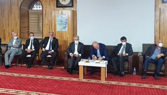 Numan Kurtulmuş'tan camide siyasi toplantı