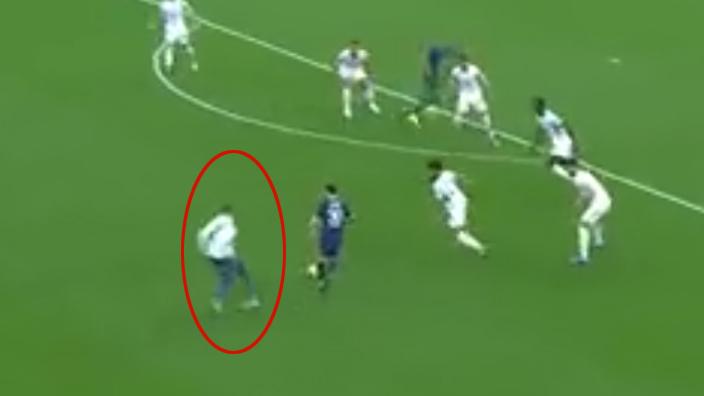 Lionel Messi'yi şaşkına çeviren olay